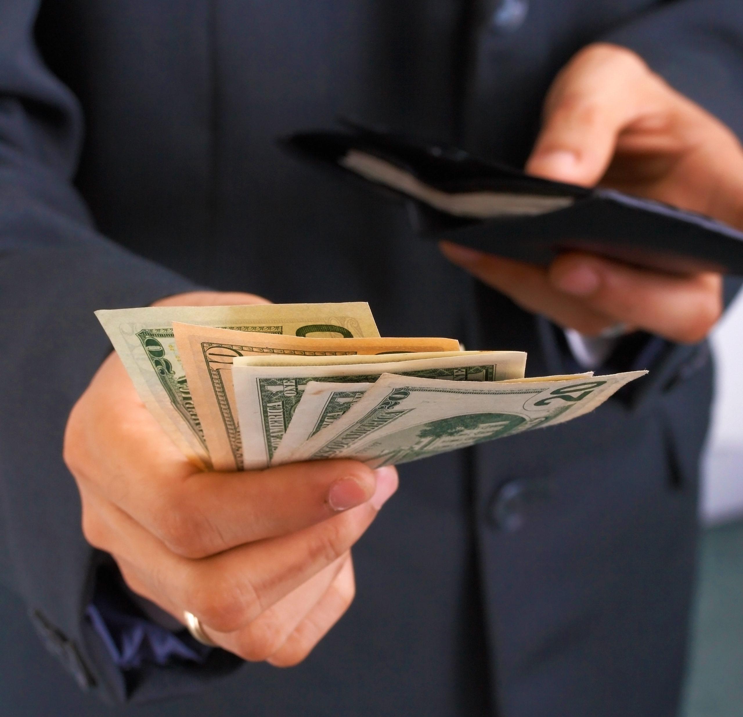 lawsuit cash advance loans